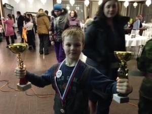 Счастливый обладатель двух кубков соревнования - Фёдор